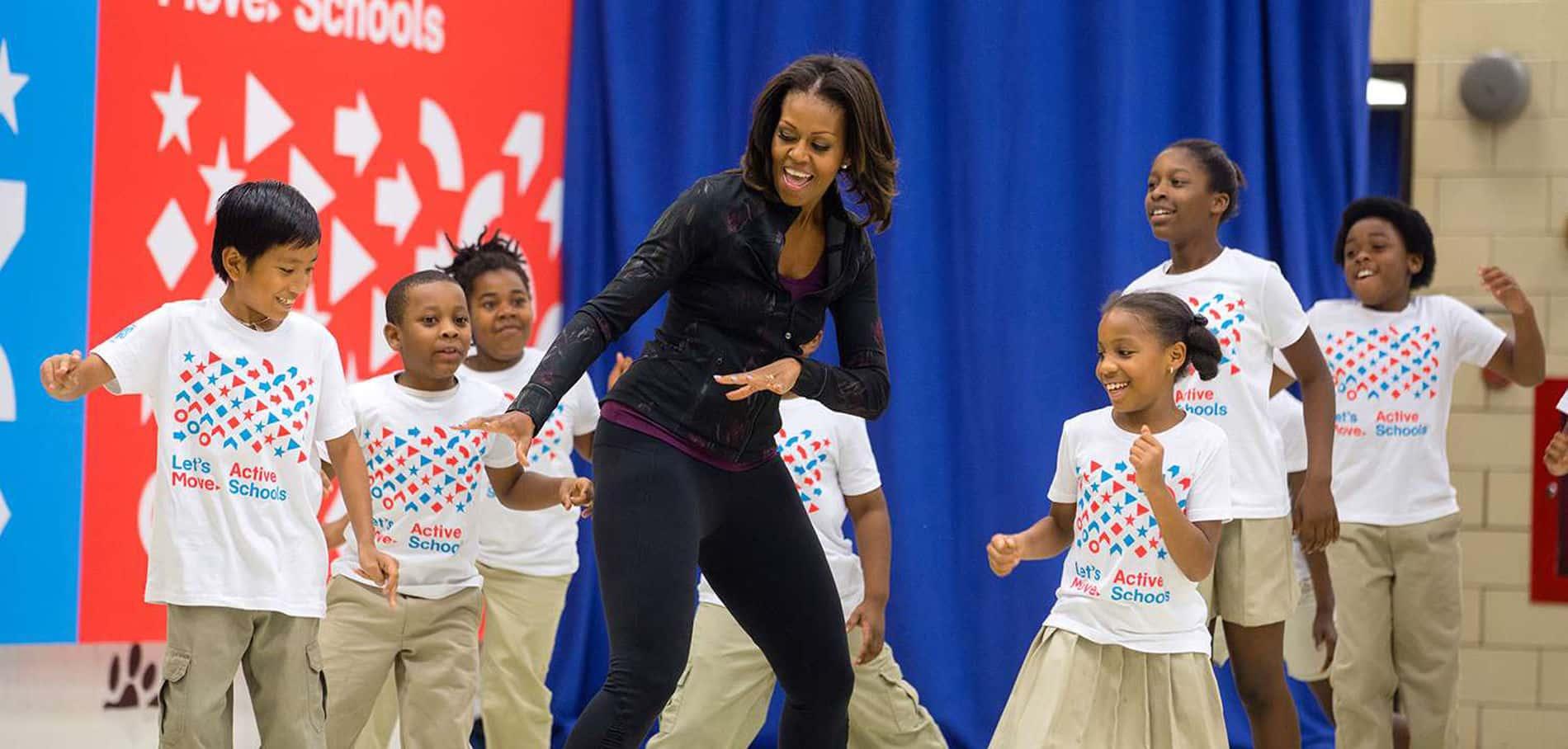 Obésité infantile aux Etats-Unis, quand Trump annule le programme nutritionnel mis en place par Michelle Obama