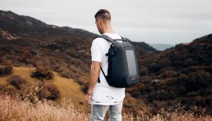 Avec le sac à dos Numi, vivez une randonnée connectée